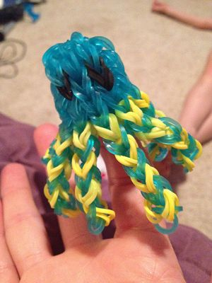 octopus from rubber bands blue with yellow