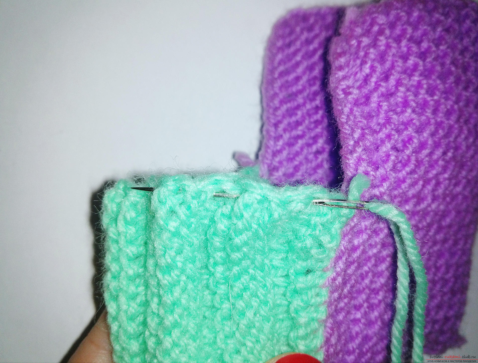 This master class with step-by-step photos and descriptions will teach you how to knit booties for newborns with knitting needles. Photo Number 11