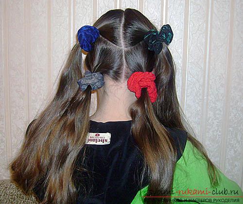 Baby-haarstijlen voor meisjes voor elke dag. Foto №4
