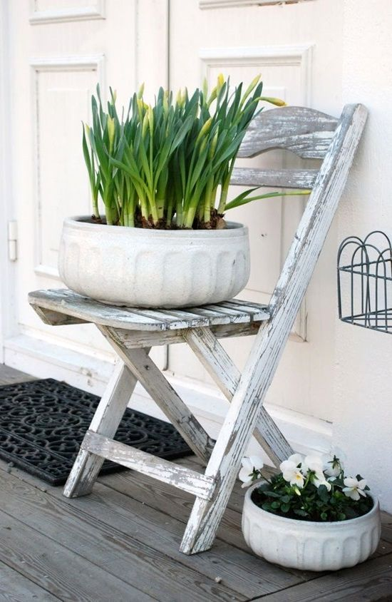 stand for plants from a chair