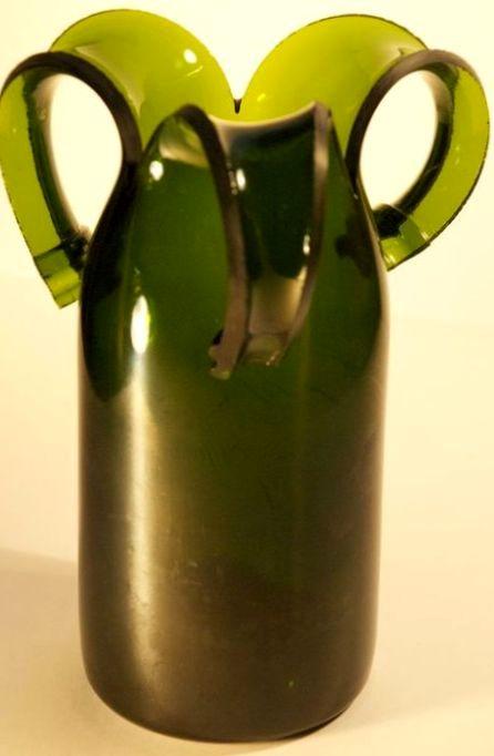 ваза зі скляної пляшки