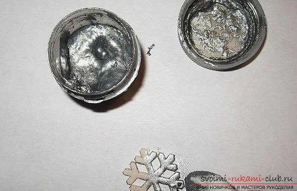 Earrings made of polymer clay for the new year - a form of snowflakes and a master class. Photo №4