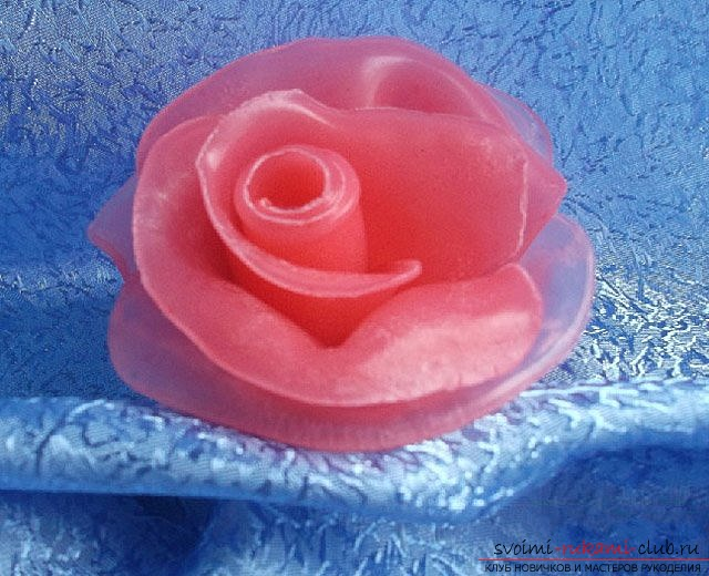 We make a soap-rose with our own hands. Photo number 17