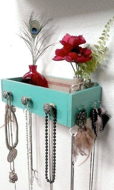 ideas of storing jewelry yourself