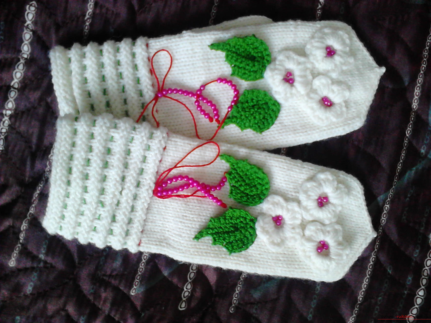 Warm knitted mittens, decorated with embroidery and beads. Photo №1