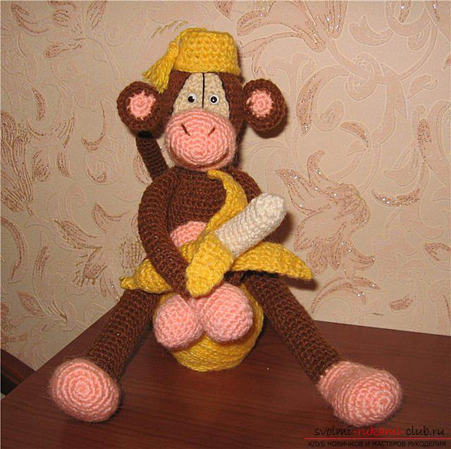 Master class on crocheting monkey amigurumi Abu with his hands with a detailed description. Photo №8