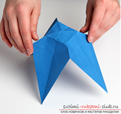 Blue dragon origami. Photo Number 11