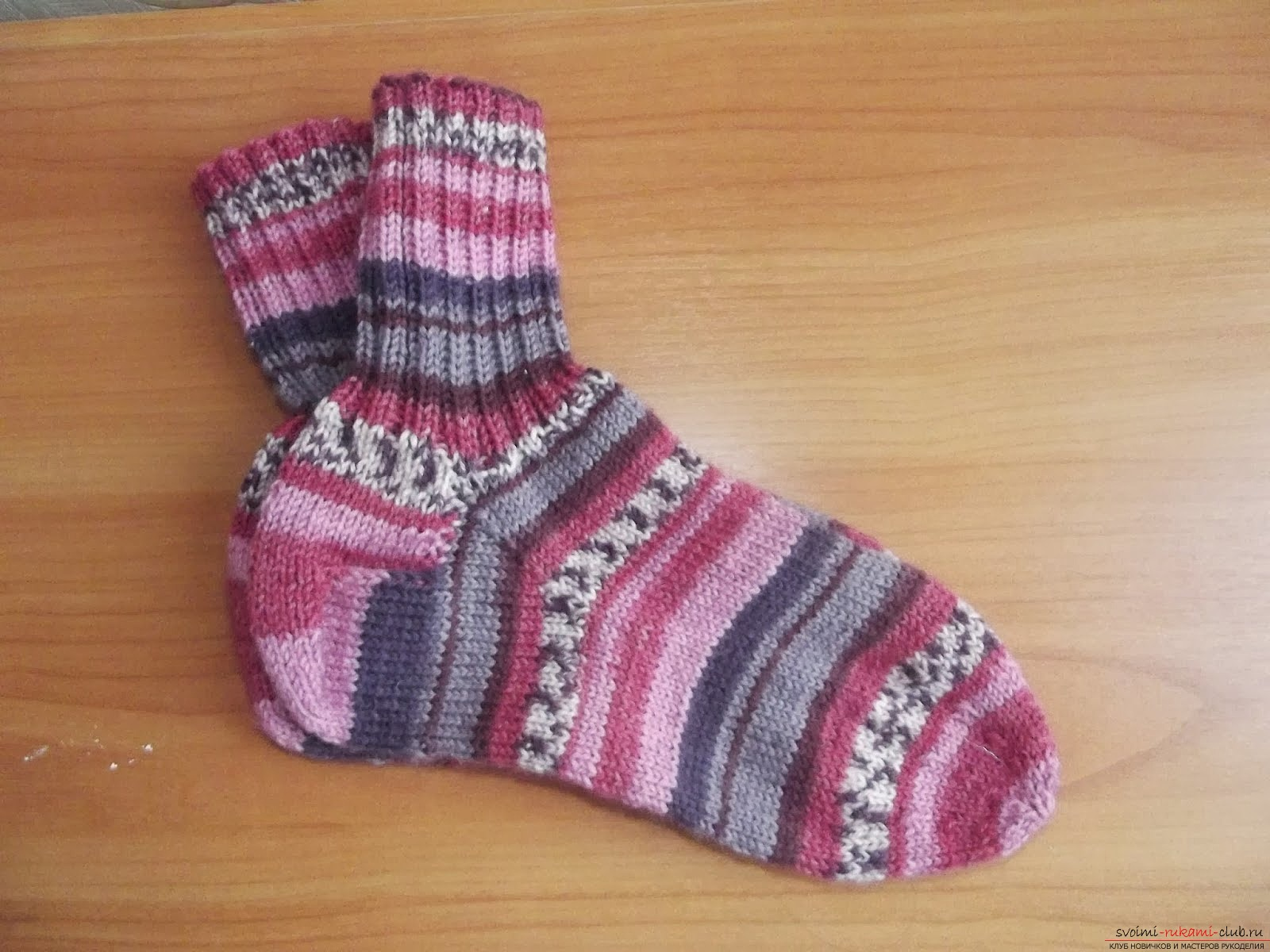 toe-asterisk of a knitted sock. Photo №4