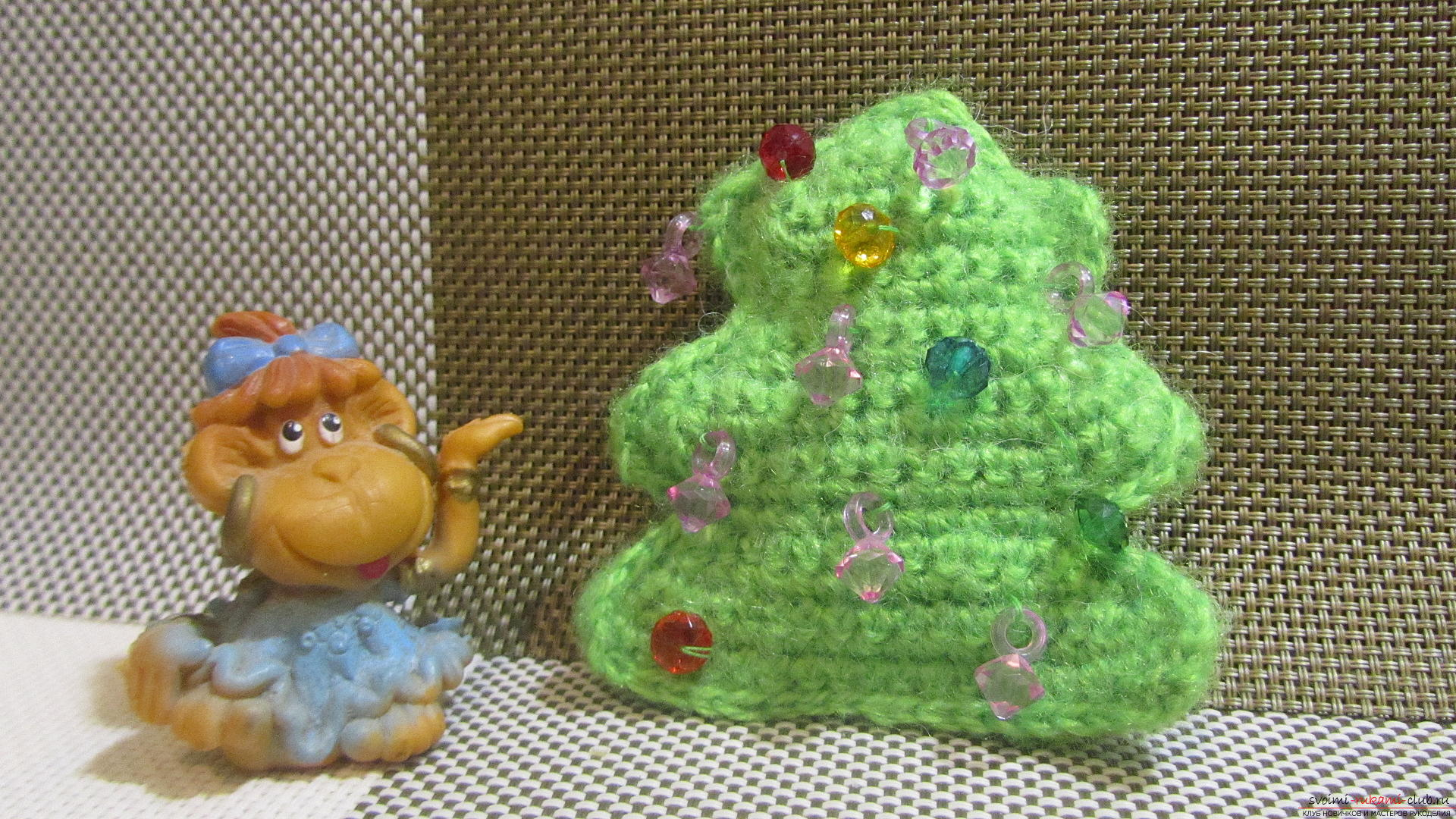 A master class with a photo and description will hold crochet lessons for a small Christmas tree. Photo №26