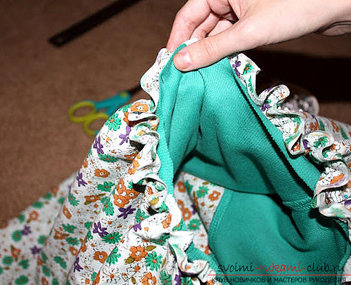 Fast tailoring of a fashionable summer dress. Photo Number 9