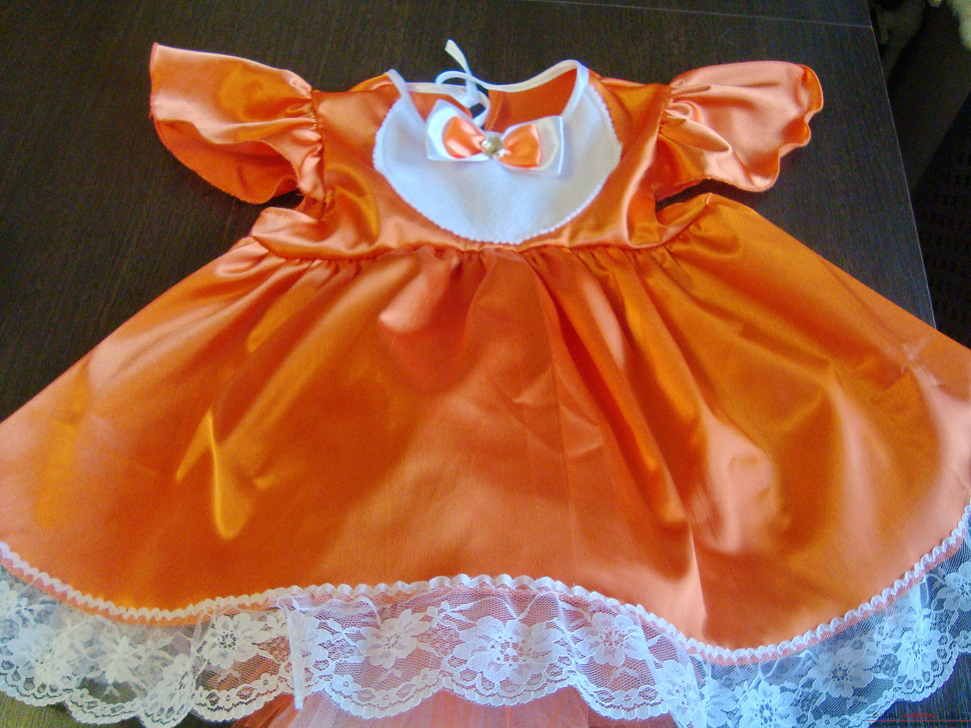 This master class will teach you how to make your own children's carnival fox costume for a girl. Picture №3