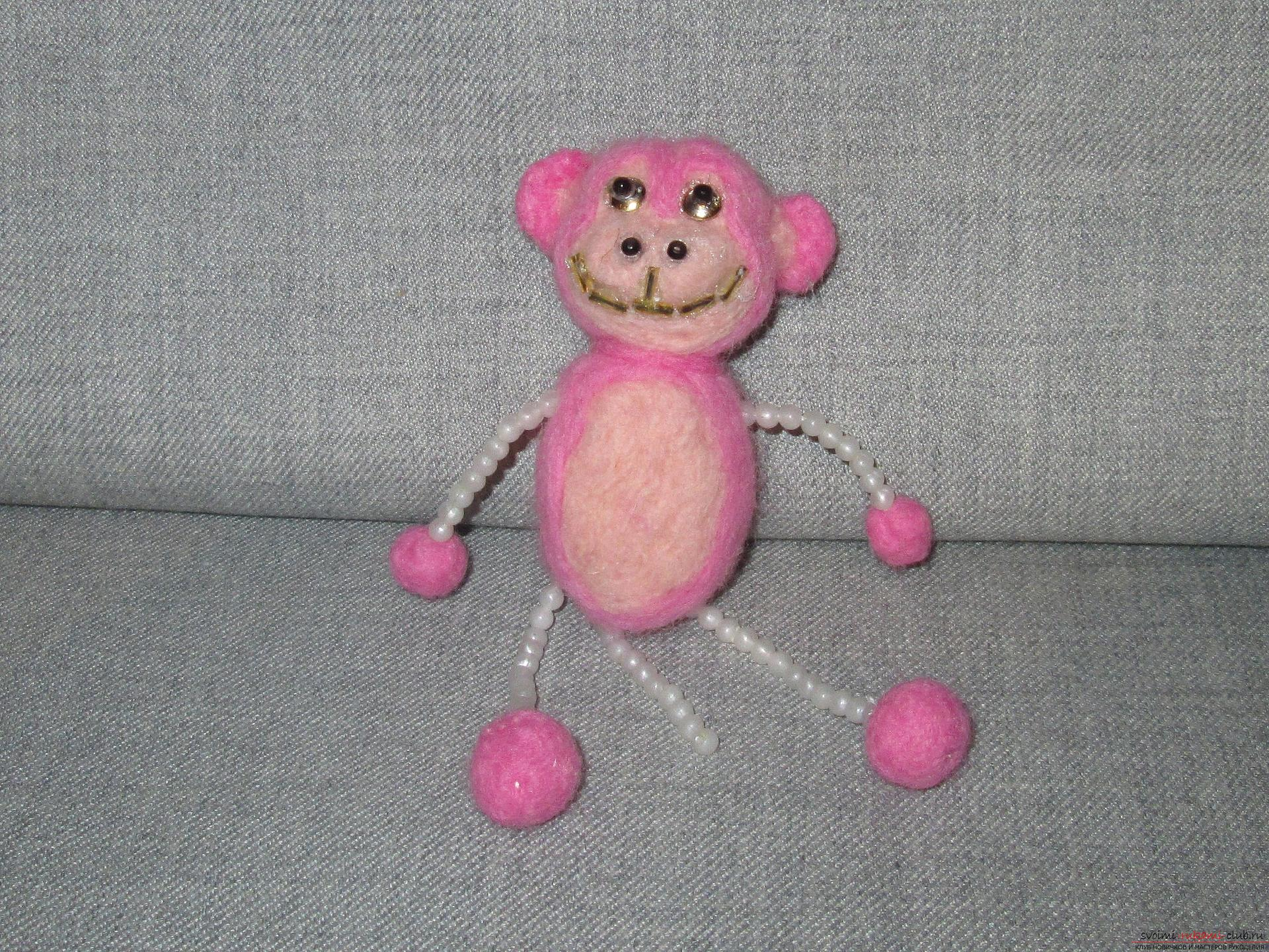 This master class felting out of wool will help make a toy monkey with your own hands. Photo # 24