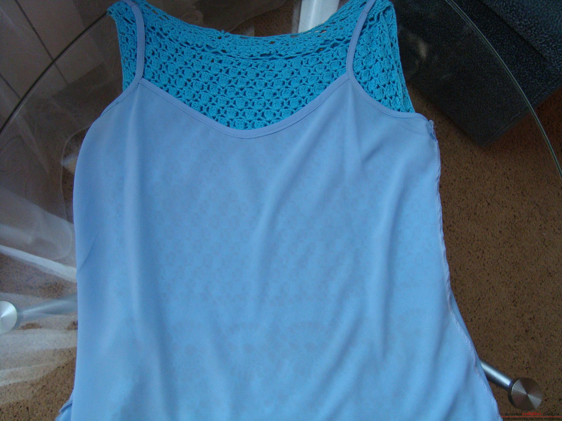 Step-by-step instruction on the binding of a turquoise dress with a crochet. Photo №13