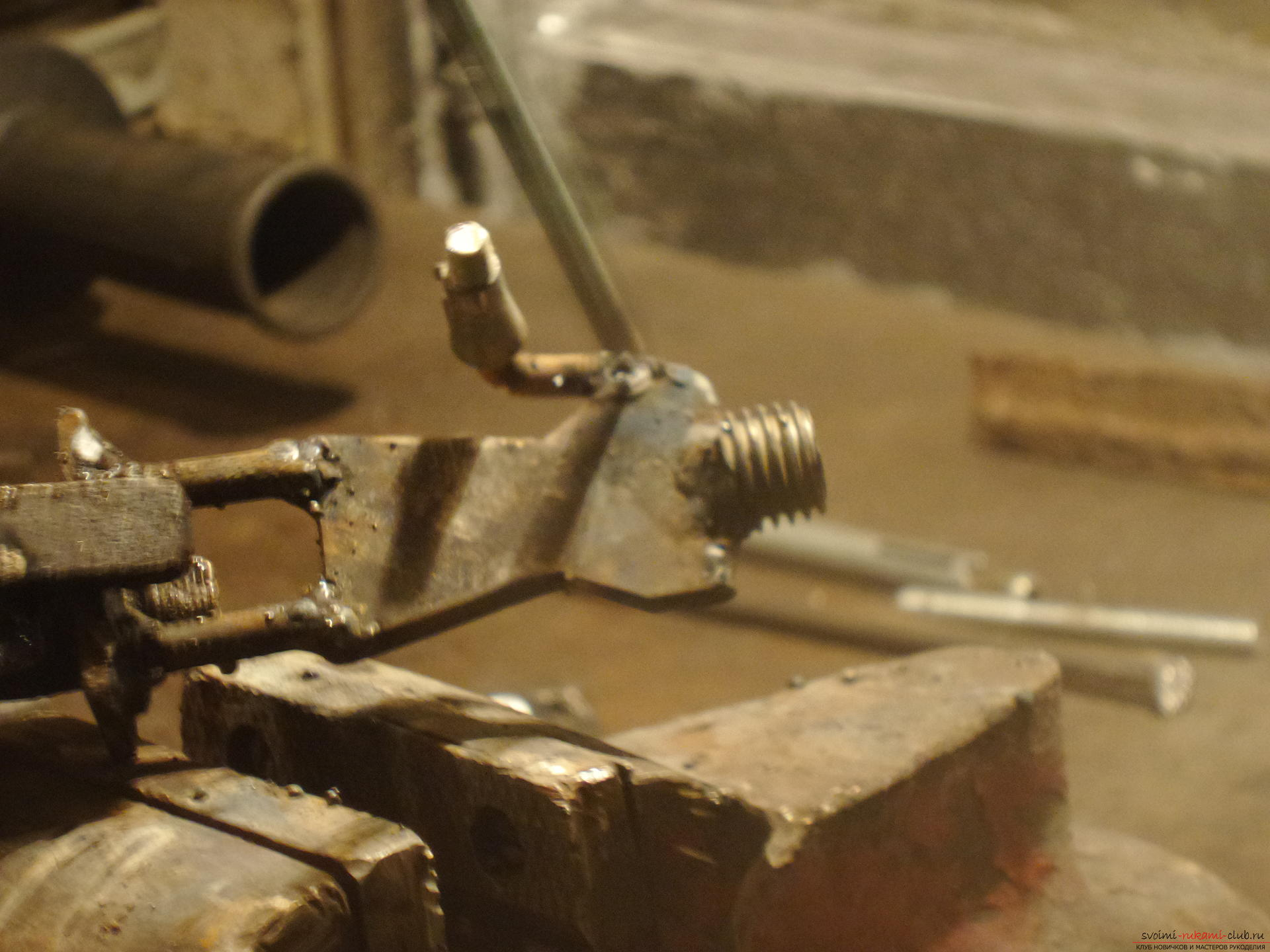 In this master class you will learn how to make by your own hands an original hand-craft - a knight from iron .. Photo # 26