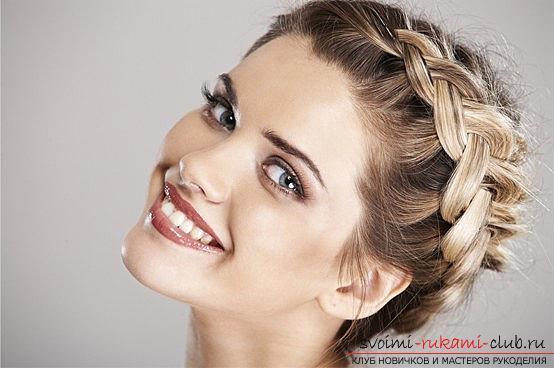 Beautiful hairstyles for thin hair with their own hands - a master class. Photo №8