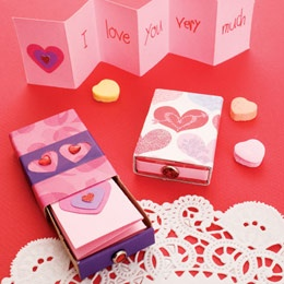 Super crafts for Valentine's Day. Valentines with their own hands.