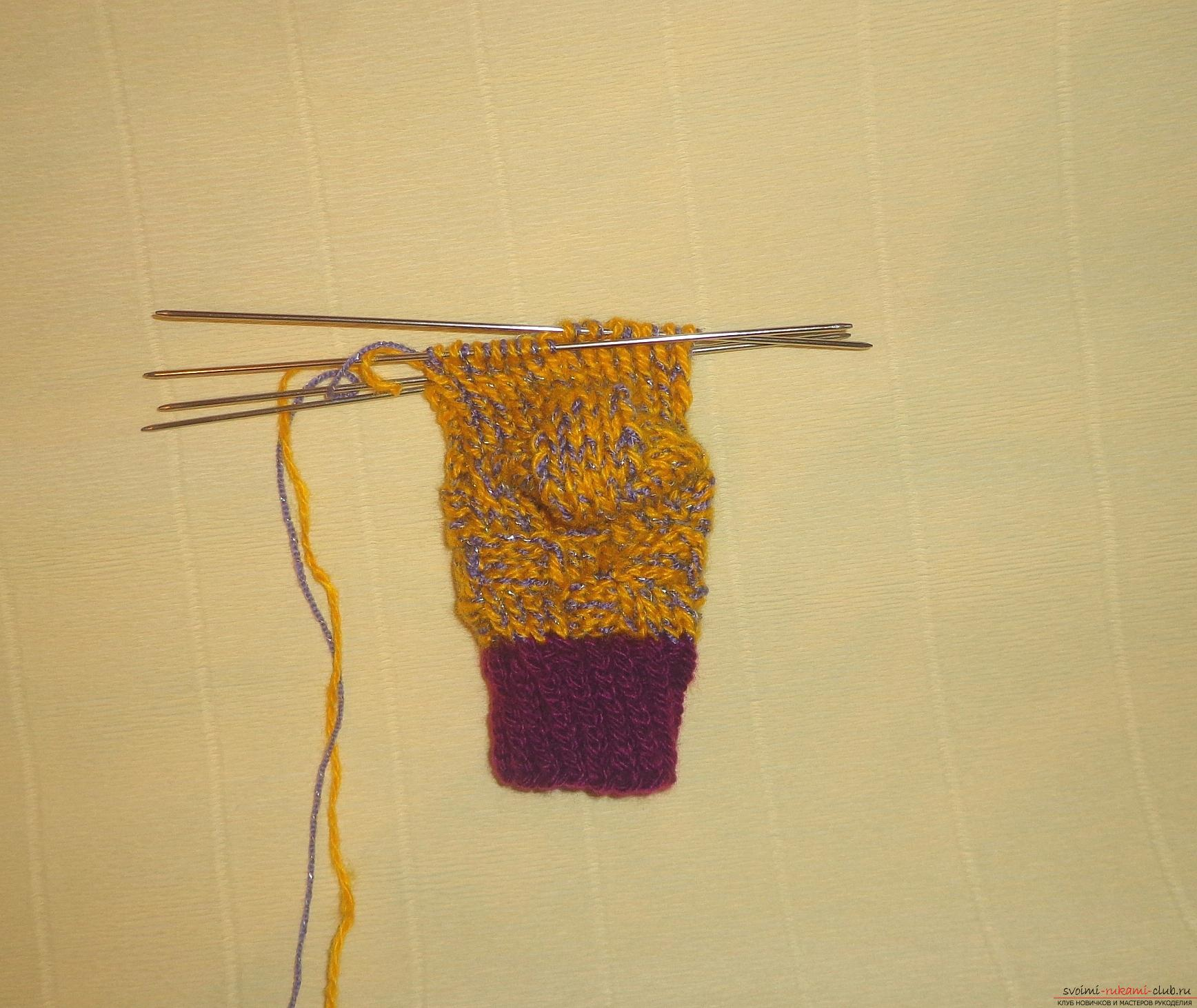 """Photo to the lesson on knitting with knitting needles of children's socks """"Winter"""". Photo №8"""