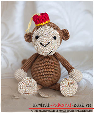 Master class on crocheting monkey amigurumi Abu with his hands with a detailed description. Photo Number 14