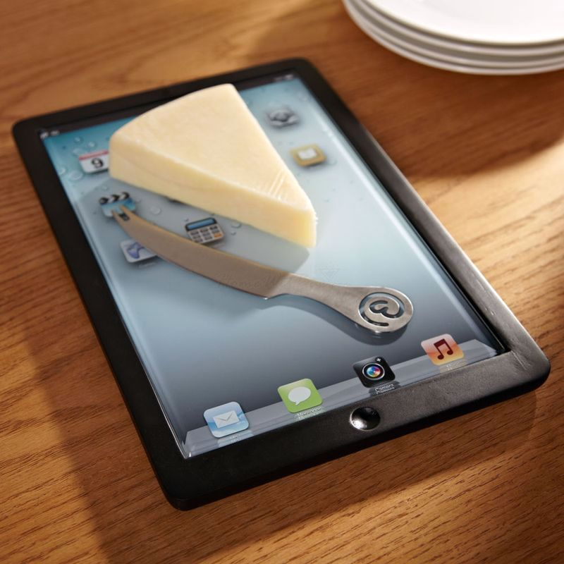 glass cutting board in the form of iPad