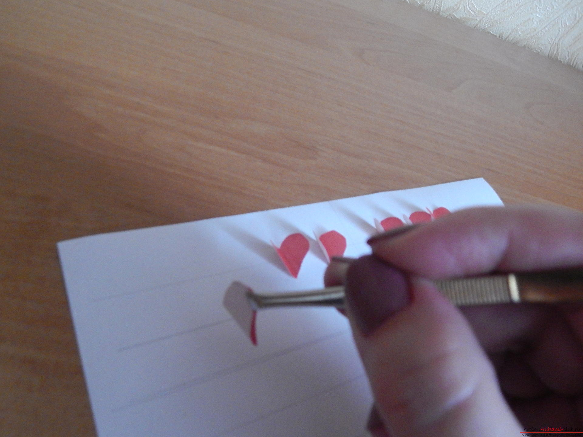 This detailed master class will teach you how to make your own calendar - a gift for Valentine's Day. Picture №10