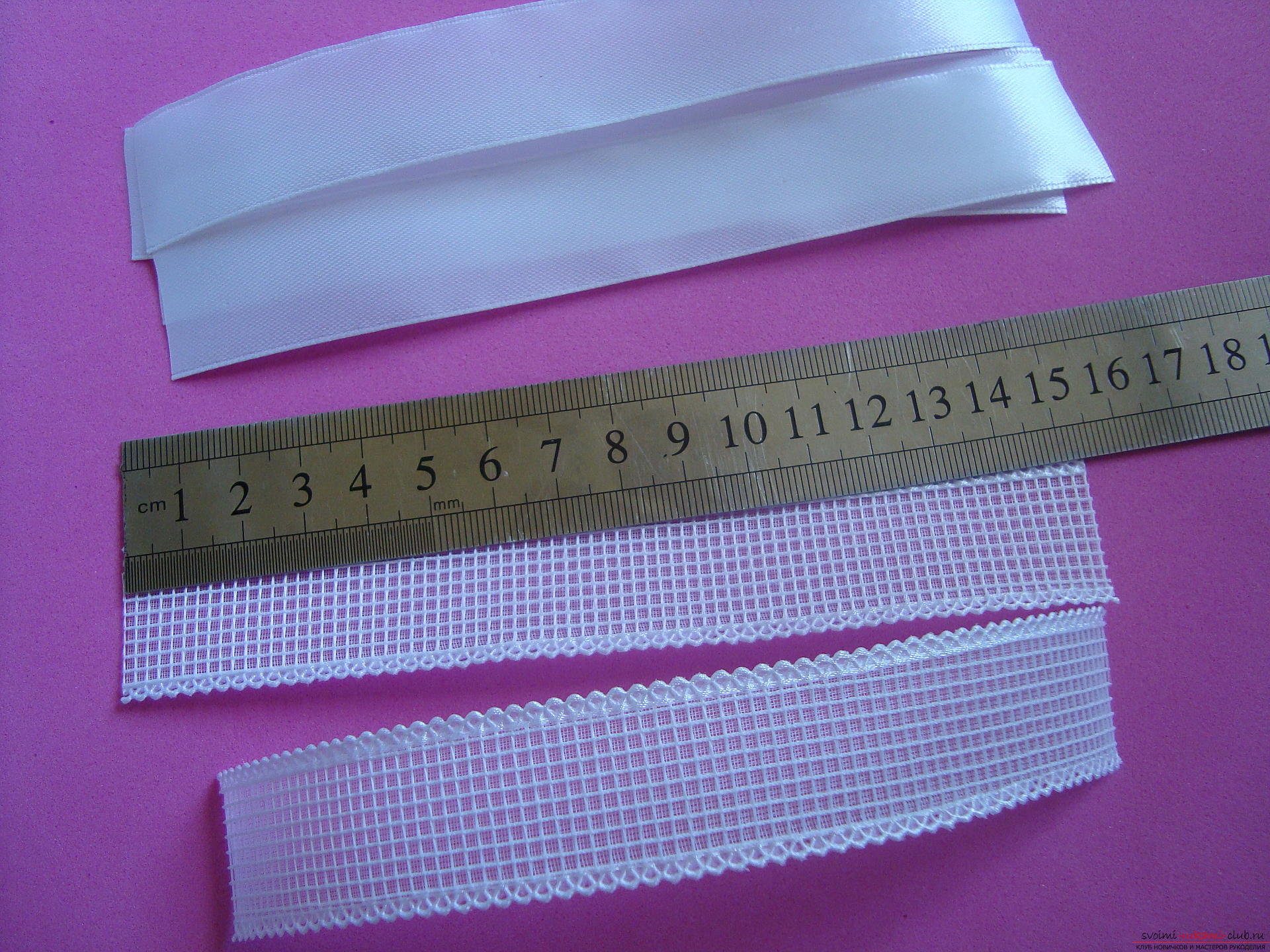 Step-by-step guide to making bows by September 1 for schoolgirls describing the steps and photos. Picture №3