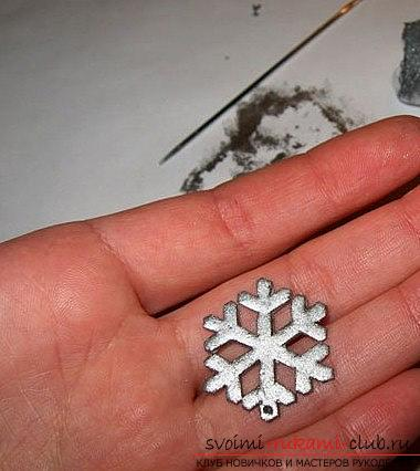 Earrings made of polymer clay for the new year - a form of snowflakes and a master class. Photo №5