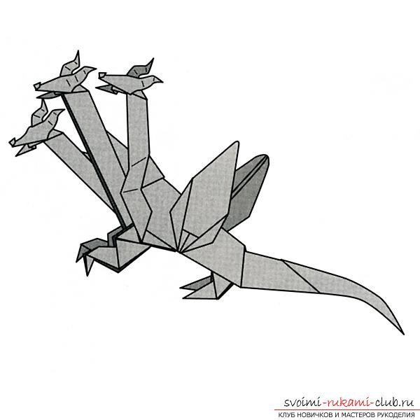 Three-headed dragon made of paper, made in origami technique. Photo №8