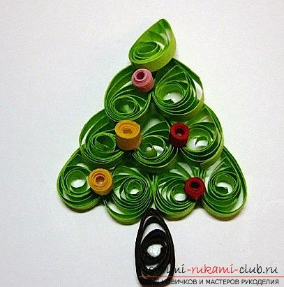 How to make a New Year card with quilling technique? A lesson for children. Photo №6