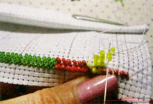 Master class on embroidering a small picture with beads. Photo №6