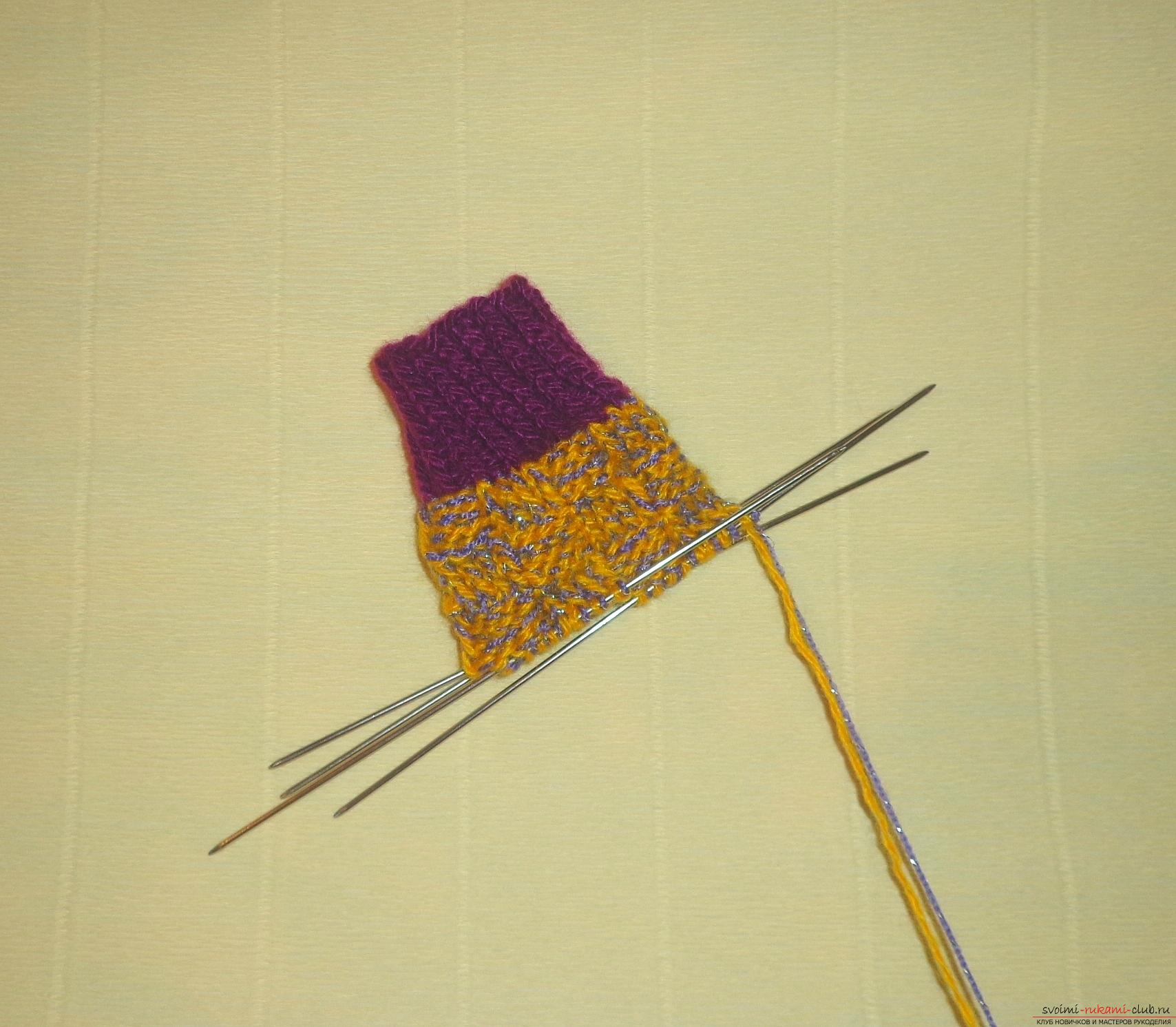 """Photo to the lesson on knitting with knitting needles of children's socks """"Winter"""". Photo №4"""