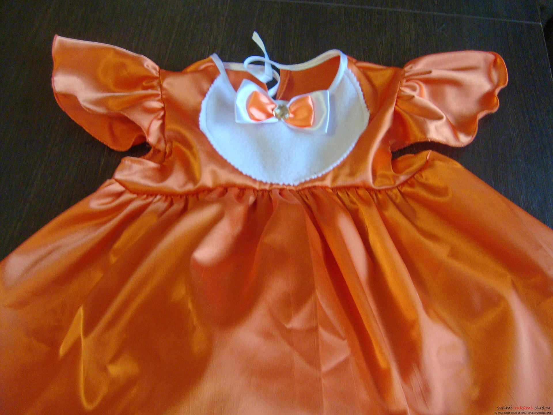 This master class will teach you how to make your own children's carnival fox costume for a girl. Photo №1