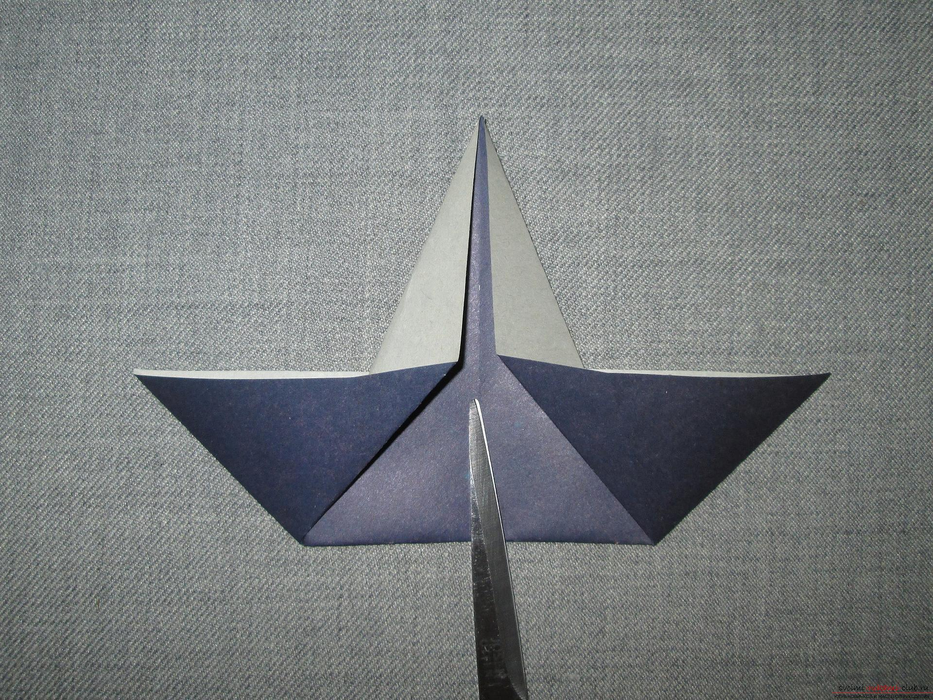 This detailed master class with a photo and description will teach you how to make origami for beginners - origami-crow from paper .. Photo # 5