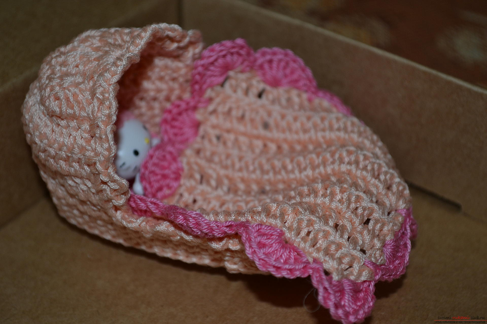 This master class for beginners will teach crochet souvenirs for the birth of a child. Photo №1