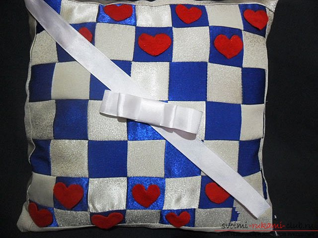 Pillow in patchwork technique. Photo Number 11