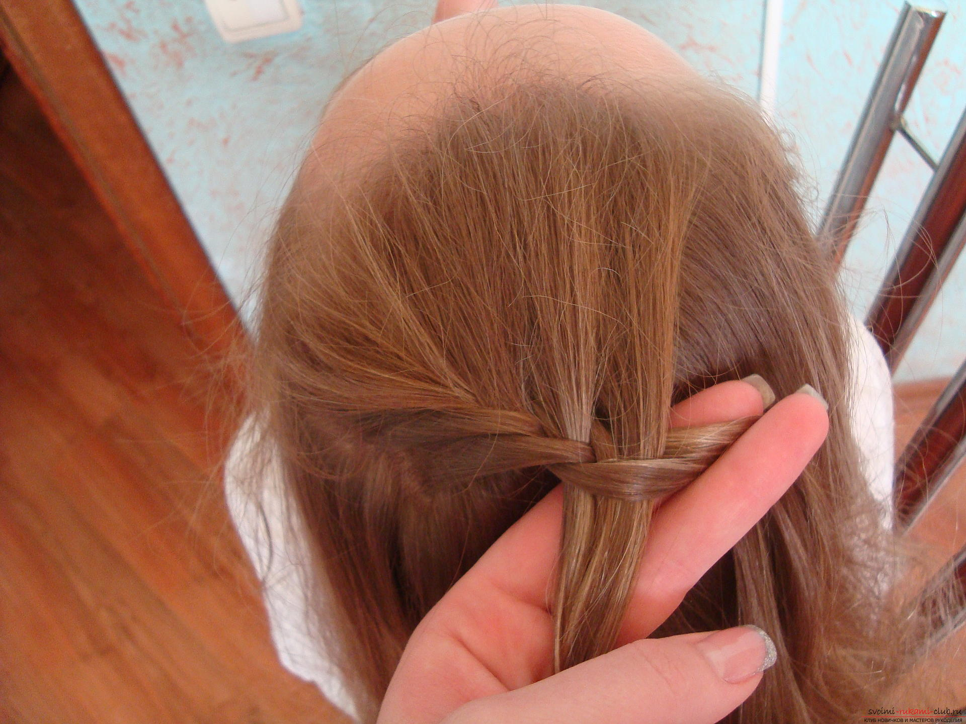 Photo to the lesson on weaving a spikelet. Photo №7