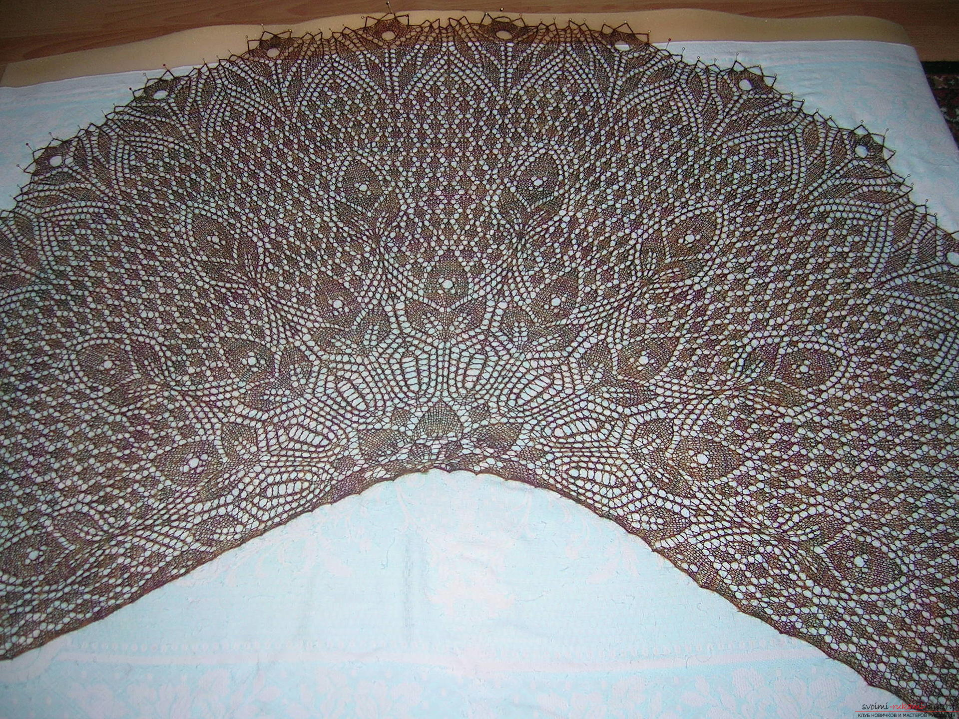 Weightless shawl of Italian wool of large size, knitted. Photo №1