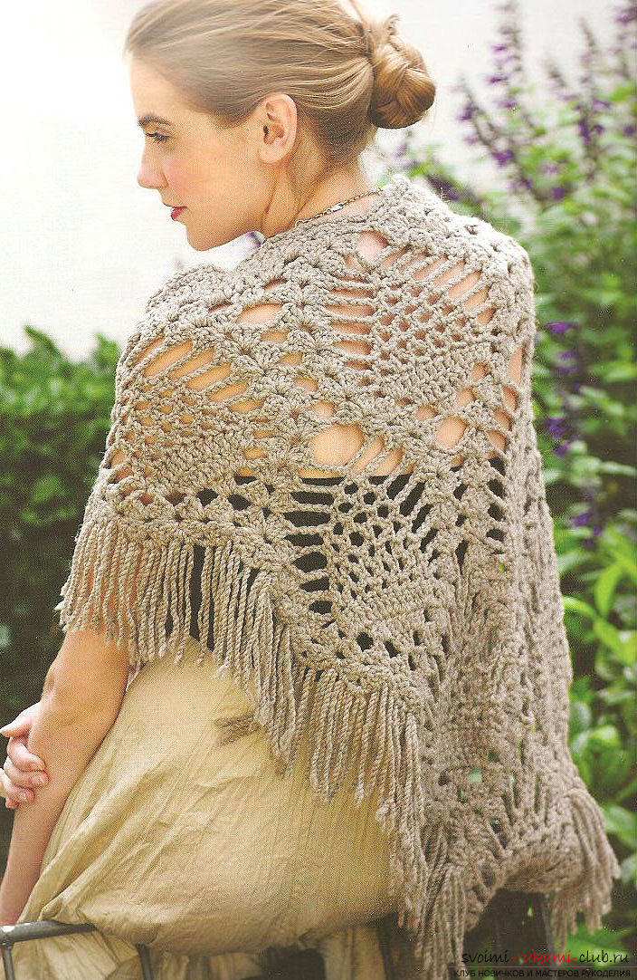 How to tie an openwork shawl crochet by using the pineapple pattern with your own hands according to the scheme. Photo №6