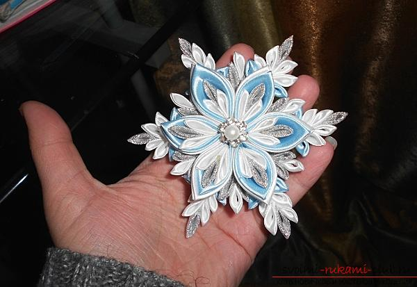 How to make a snowflake Kanzashi with their own hands for the New Year 2016. Фото №3