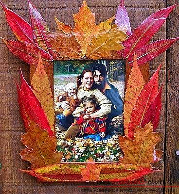 Crafts from maple leaves with their own hands: several lessons. Photo Number 19