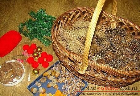Підготовка вироби з шишок для ялинки - інструкція. фото №4