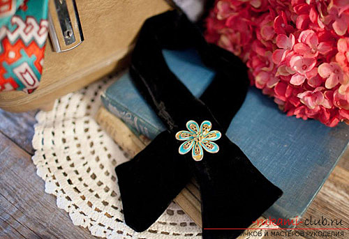 How to make a beautiful bow tie for a girl. A visual lesson of creating clothes for a teenage girl .. Photo №6