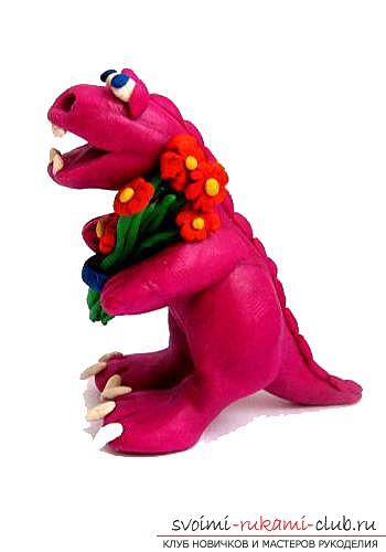 We sculpt a dinosaur from plasticine together with the child. Photo №1