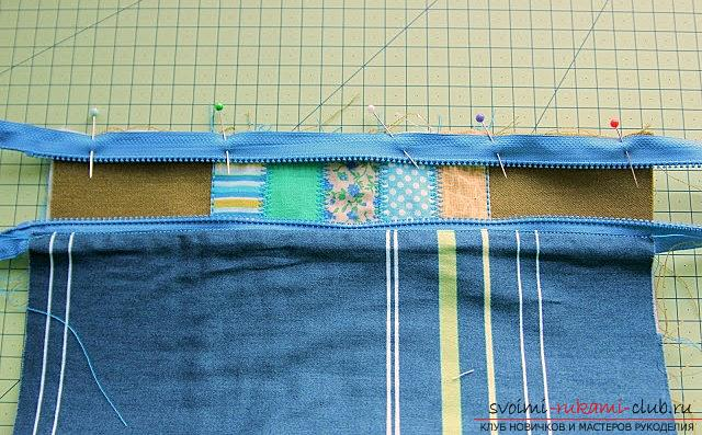A spacious cosmetic bag sewn in the technique of patchwork sewing. Photo Number 18