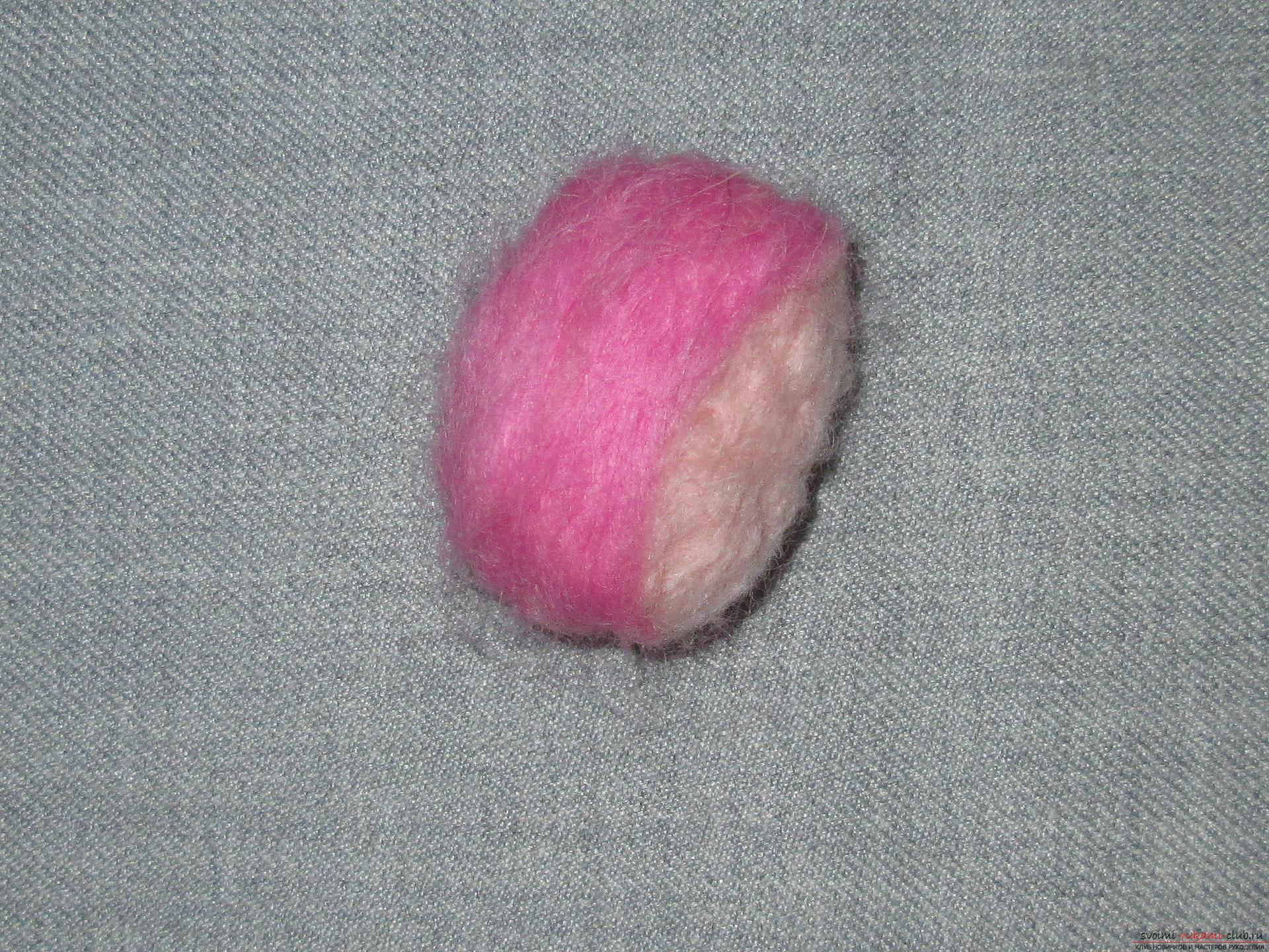 This master class felting out of wool will help make a toy monkey with your own hands. Photo number 12