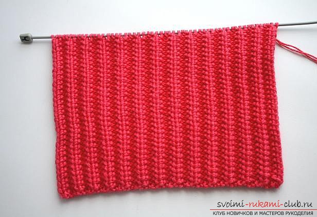 stylish knitted hat for a child. Picture №3