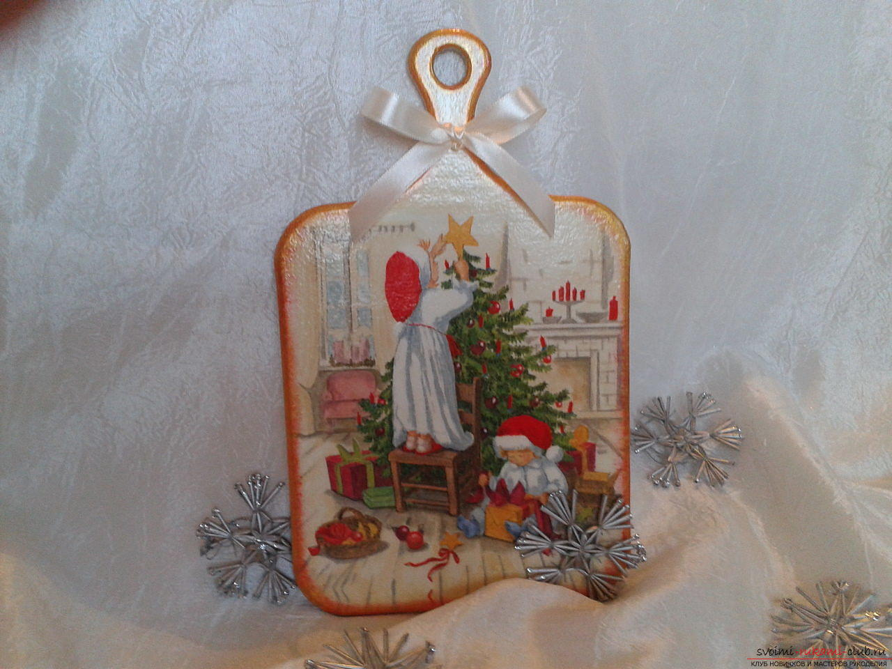 Photo to the lesson on the creation of a New Year's gift - cutting-edge dossacks in the technique of decoupage. Photo №1