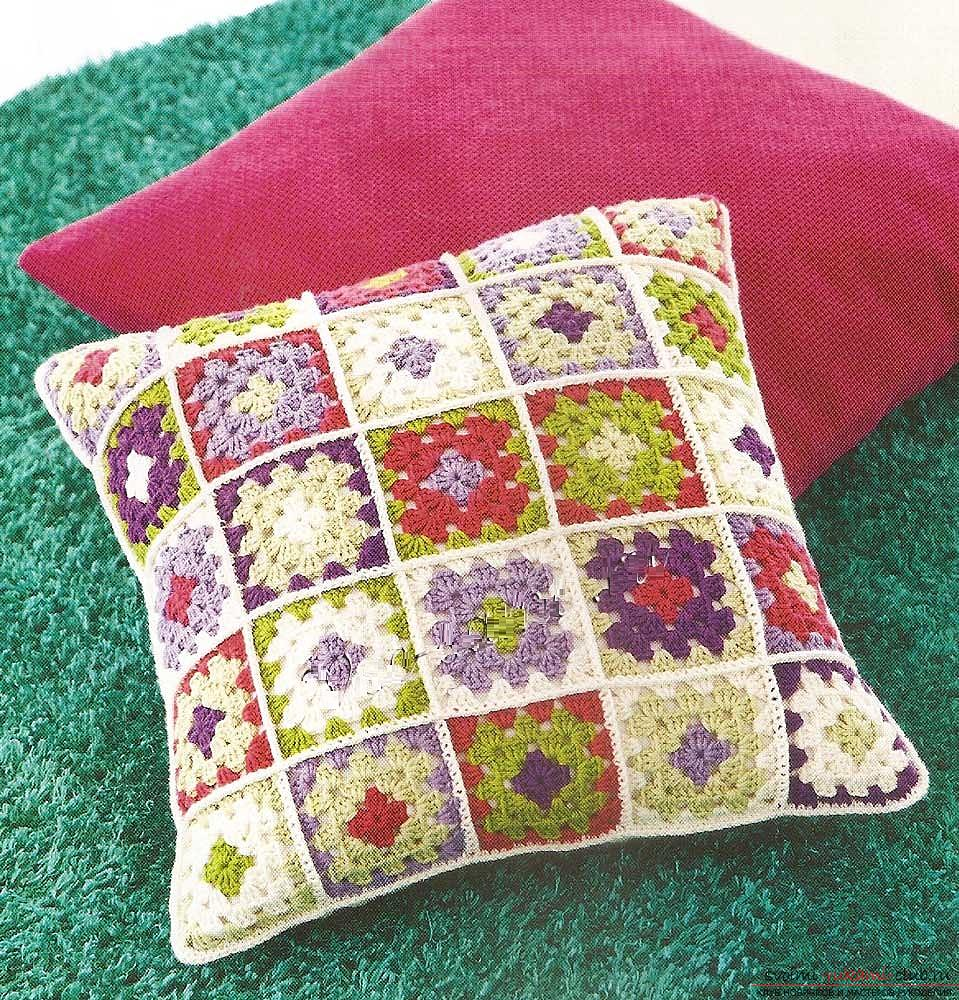 How to tie a pillow crochet, charts and a detailed description of the work, photos of finished products .. Photo # 2