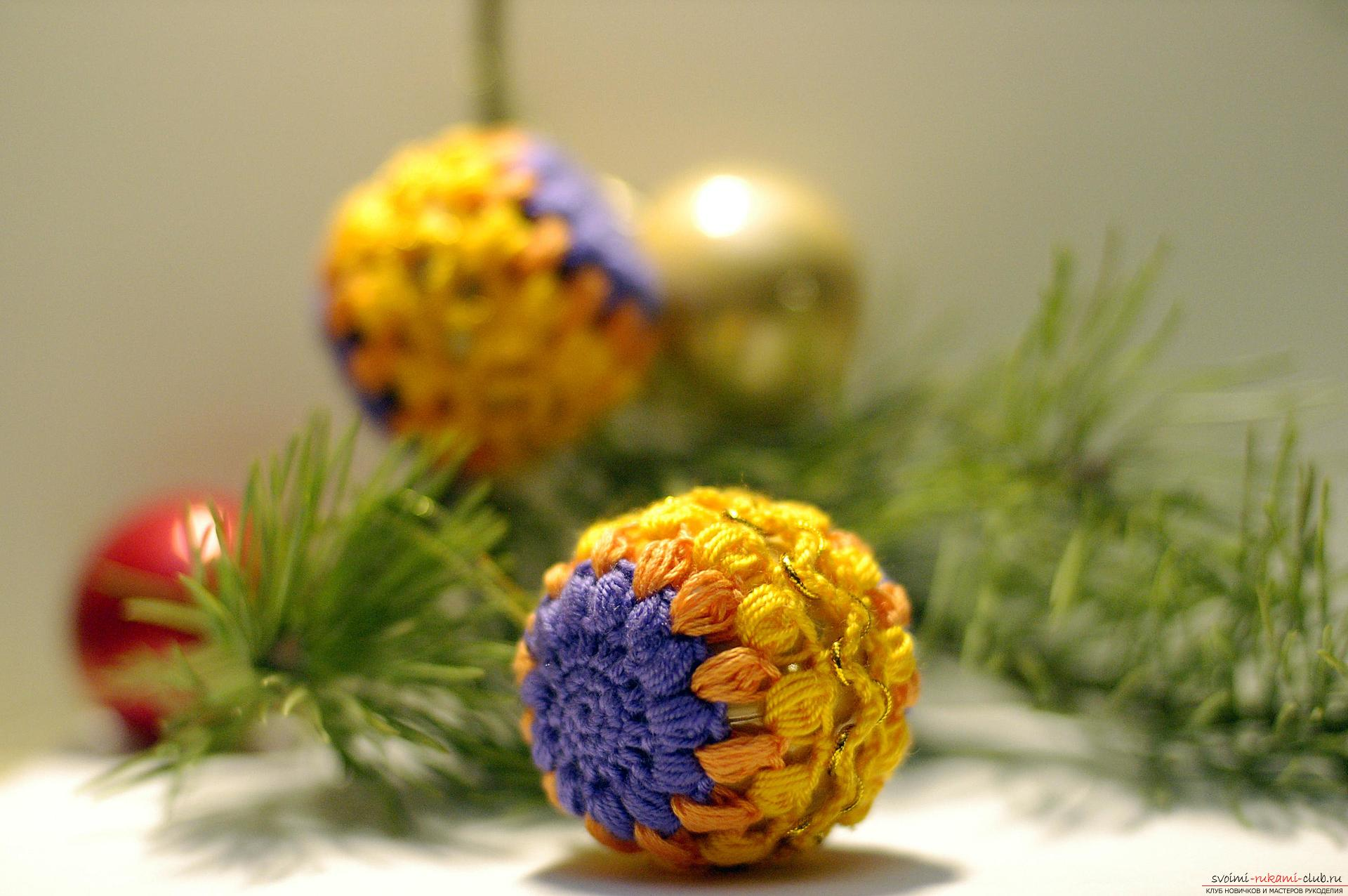 This master class will show you how to decorate your hands with New Year toys - Christmas balls. Photo №1