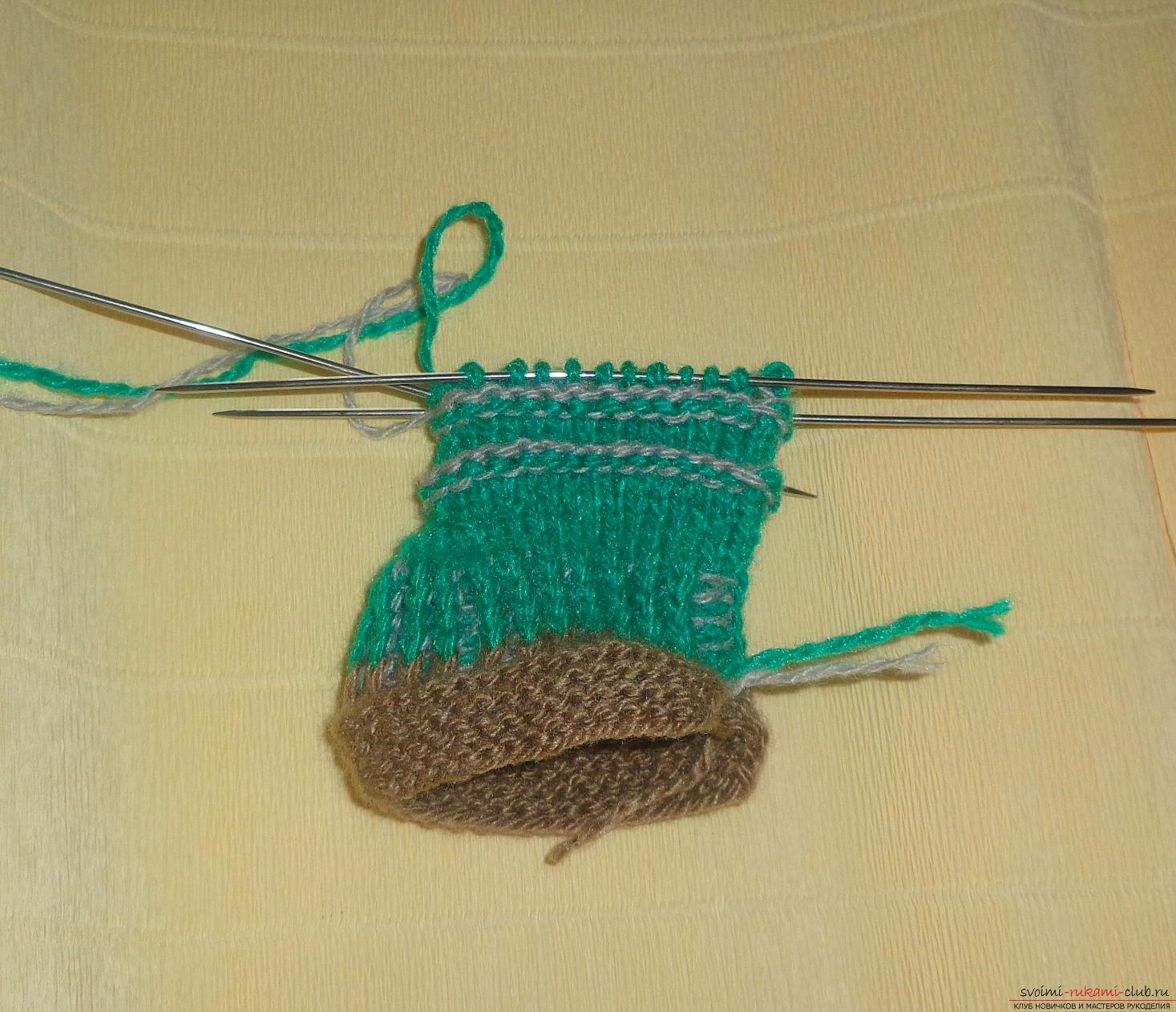 Photos for a lesson on knitting on knitting needles for a boy. Photo №8
