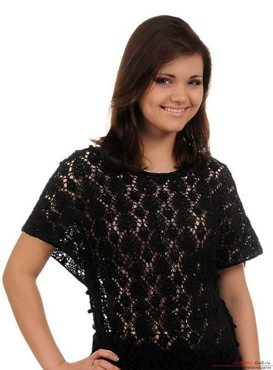 Gebreid met breinaalden een vrouwelijke trui met een opengewerkt patroon. Afbeelding №3
